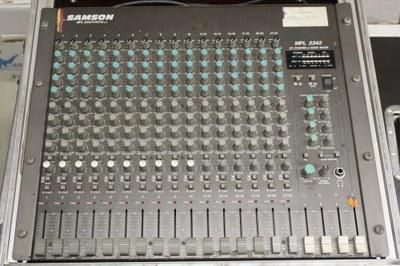band mixer front